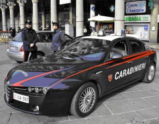 Copil român vândut în Italia cu 30.000 de euro. Șase persoane arestate
