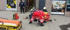 SCENE DRAMATICE LA IAȘI! Un bărbat și-a DAT FOC în fața unei bănci, strigând: Mi-ați luat casa!