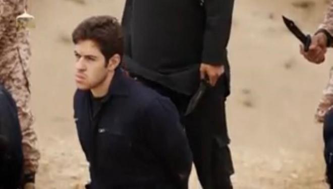 Militanții Stat Islamic decapitează oameni de față cu copii!