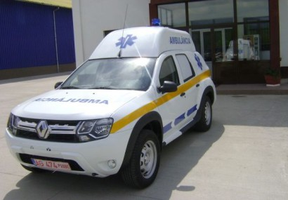 Dacia a început livrarea primelor ambulanțe Duster
