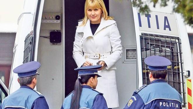 Elena Udrea face Paștele în AREST!