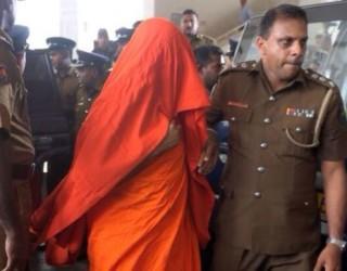 Călugăriță VIOLATĂ ÎN GRUP în India!